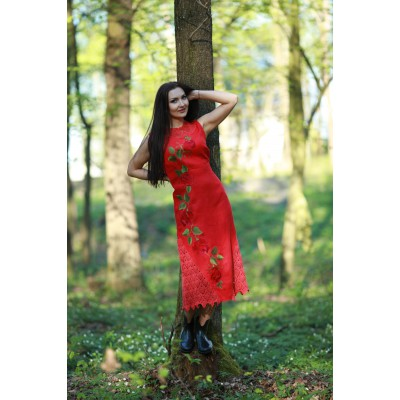 "Embroidered dress ""Double Red"""