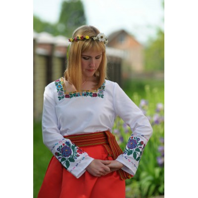 "SALE!! Embroidered blouse ""Olvia: queen Olga"". size M"