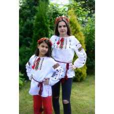 "Embroidered Complect Mother and Daughter ""Mountain Breeze"""