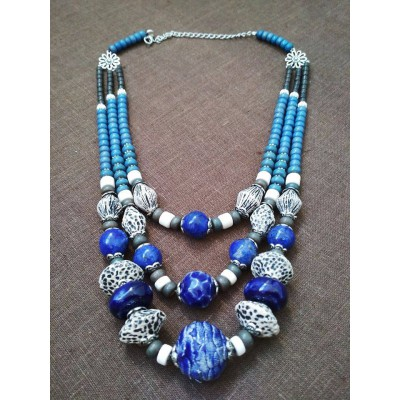 Necklace Patsyorka of ceramic beads turquoise 3 threads