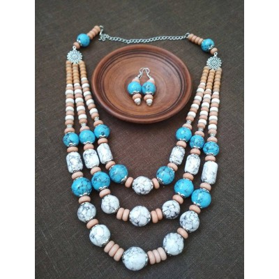 Necklace Patsyorka and earrings of ceramic beads turquoise/white 3 threads