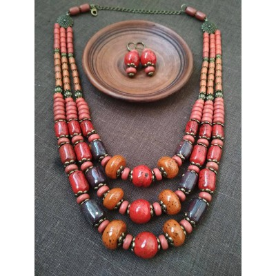 Necklace Patsyorka and earringsof ceramic beads colourful 3 threads