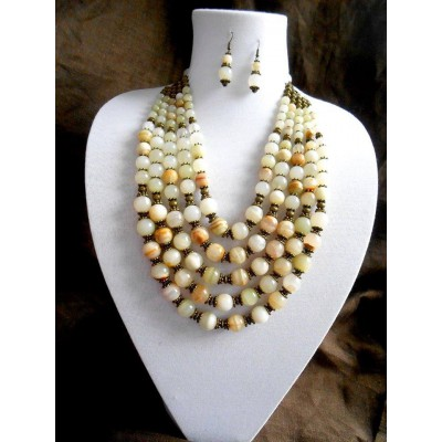 Necklace and earrings of white onyx natural gemstone 5 threads