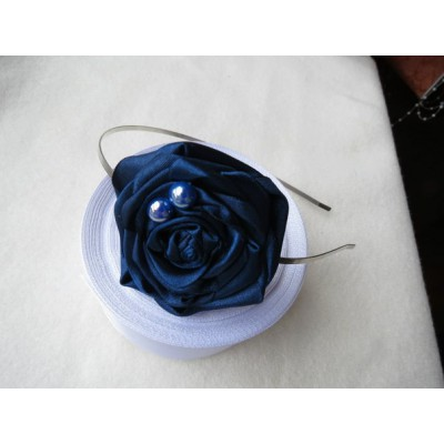 "Hair band ""Dew on Black Rose"""