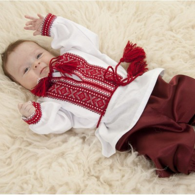 "Embroidered costume for baptism ""Boy 2"""