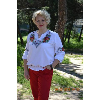 "Beads Embroidered Blouse ""Bouquet"""