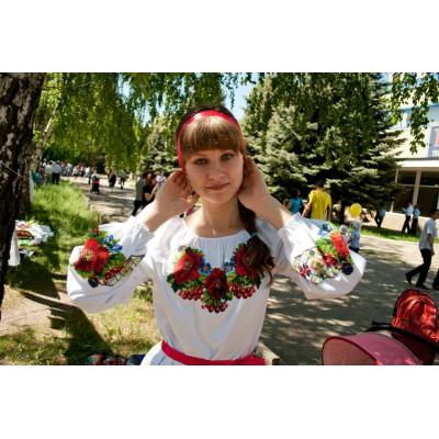 """Beads Embroidered Blouse """"Flower in Forest"""""""