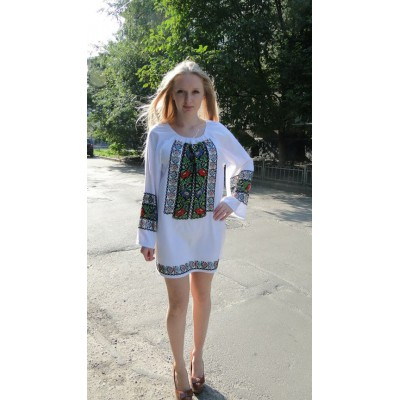 "Beads Embroidered Tunic ""Summer breeze"""