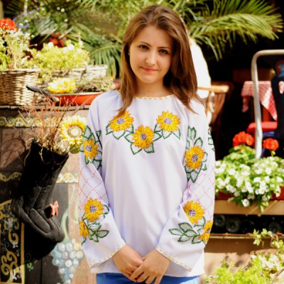 "Beads Embroidered Blouse ""Yellow Sunflower"""