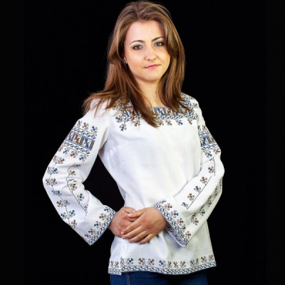 "Embroidered blouse ""Bogdana"""
