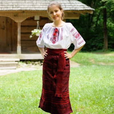 Traditional Skirt (Plakhta) Red