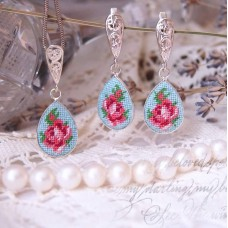 "Earrings and pendulum set ""Mint Rose"""