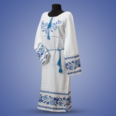 "Embroidered dress ""Roses"" blue on white"
