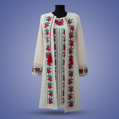 "Embroidered costume ""Tender Rose"""