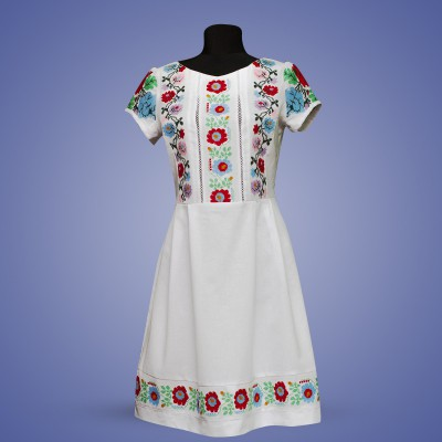 "Embroidered dress ""Flower Lady"""