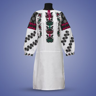 "Embroidered dress ""Exotic Medows"""