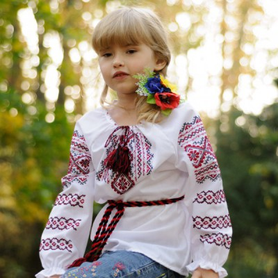"Embroidered blouse for little girl ""Pannochka"""