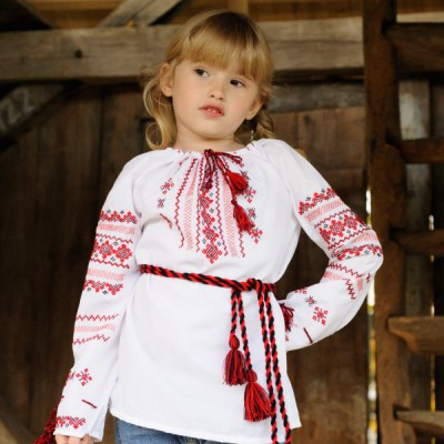 "Embroidered blouse for little girl ""Summer Melody"""