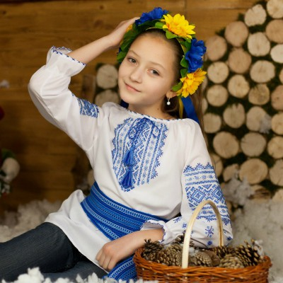 """Embroidered blouse for little girl """"Blue Mistery"""""""