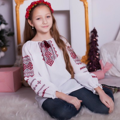 "Embroidered blouse for little girl ""Sweetness"""