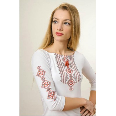 "Embroidered t-shirt with 3/4 sleeves ""Gutsul Girl"" red on white"
