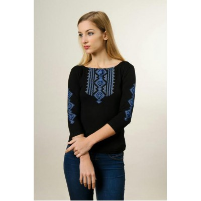 "Embroidered t-shirt with 3/4 sleeves ""Gutsul Girl"" blue on black"