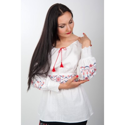 "Embroidered blouse ""Lady"""