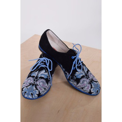 "Embroidered Shoes ""Rondo Blue"""