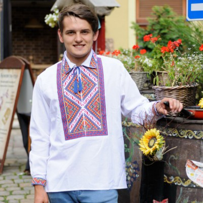 "Embroidered shirt ""Colourful 1"""