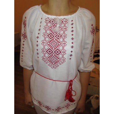 "Embroidered  blouse ""Shining Moon Red on White 1/2 sleeve"""