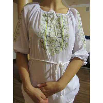 "Embroidered  blouse ""Oriental Curves Lime on White"""