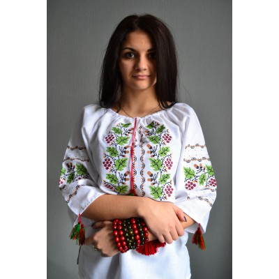 "Embroidered  blouse ""Sweet Grapes"""