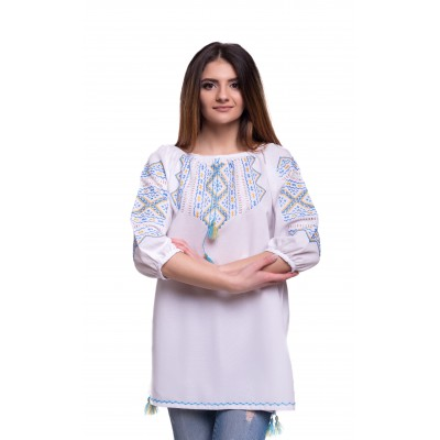 "Embroidered Blouse ""Lovely Heart"" handmade"