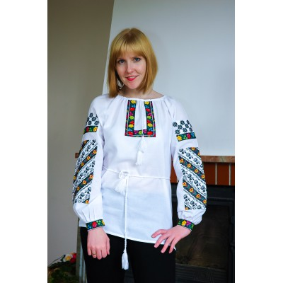 "Embroidered blouse ""Agatha"""