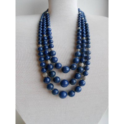 Necklace Namysto of pressed colored corals blue 3 threads