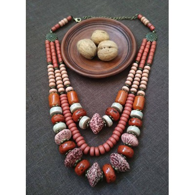 Necklace Korali of ceramic beads red mix 3 threads