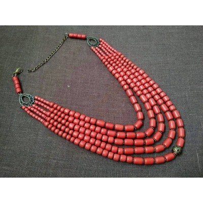 Necklace Korali of ceramic beads red 5 threads