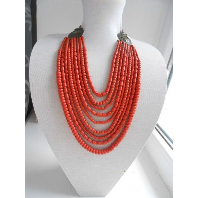 Necklace Korali of ceramic beads red 9 threads