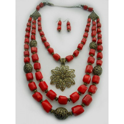 Necklace Dukati and earrings of real coral with decoration