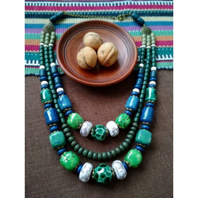 Necklace Korali of ceramic beads turquoise/green 3 threads