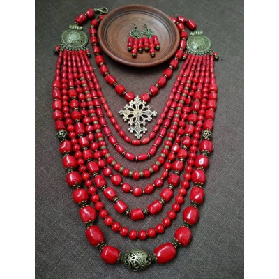Necklace Namysto and earrings of real different size corals 7+1 threads and bronze cross