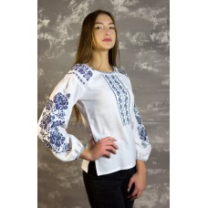 "Embroidered tunic ""Monochrome Roses"""