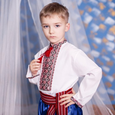 "Embroidered shirt for little boy ""Bogdan"""