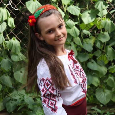 "Embroidered blouse for little girl ""Hutsulochka"""
