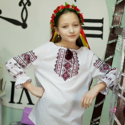 """Embroidered blouse for little girl """"Miracle"""""""