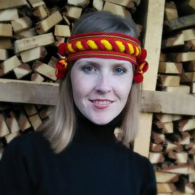 "Ukrainian Chiltse ""Curling Red&Yellow"""
