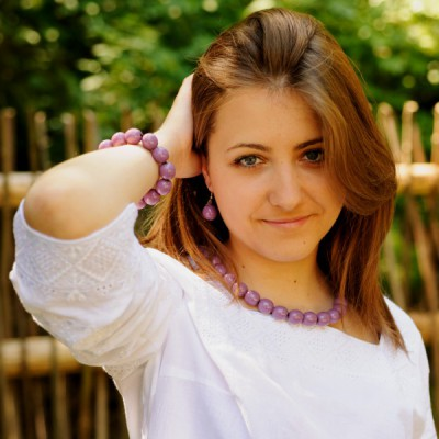 Wooden Necklace + Bracelet + Earrings Violet