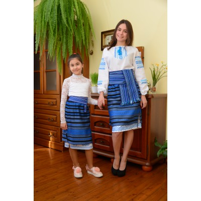 Traditional Woven Plakhta Mother and Daughter set 2