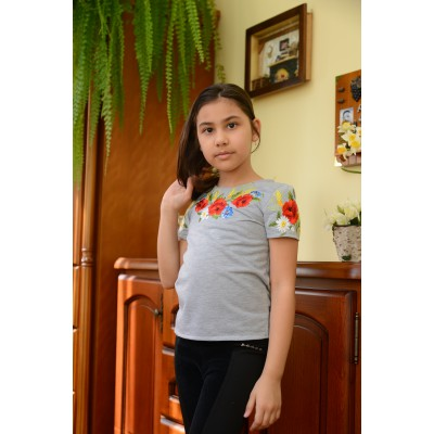 "Embroidered t-shirt for girl ""Dariya"""