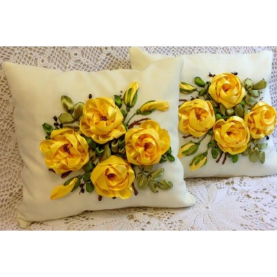 Set of 2 Embroidered Pillow Covers 2